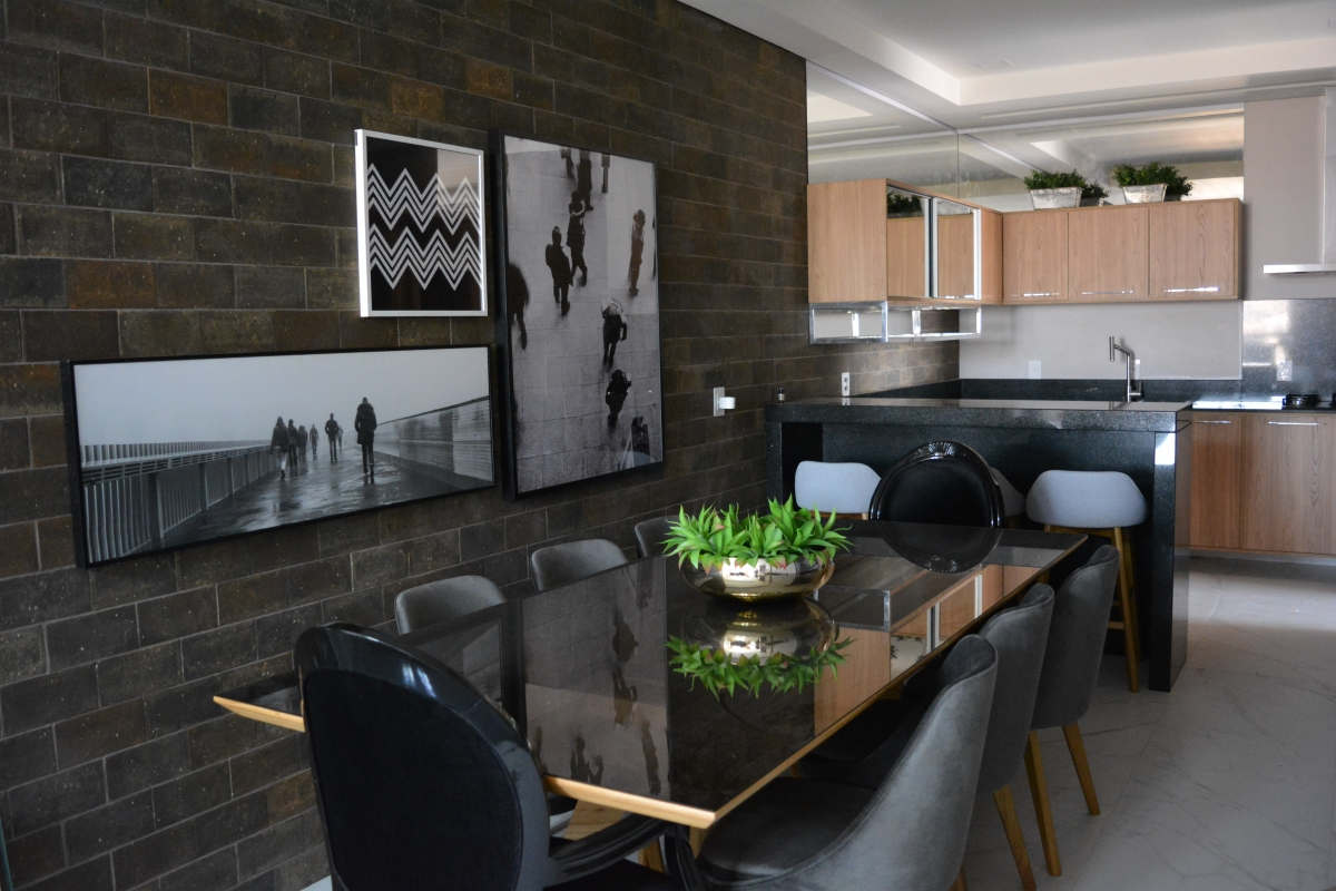 Apartamento decorado para o Residencial Megethos, da Omega